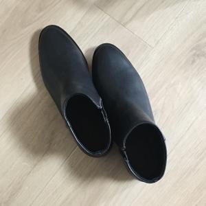 ユニクロでブーツを購入 ネット限定サイズ