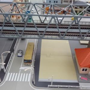 高架鉄橋下の作成