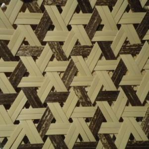 交色鉄線編みの盛り籠