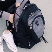 予算3万円で海外ブランドの通勤バックパックが買えるか?