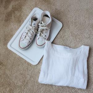 少ない服で暮らすコツ~春は白を使う