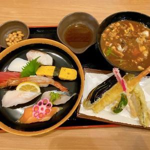 魚輝水産 鮪船 仁和寺店の寿司八貫と天ぷら定食&日替りお造り串かつ定食(ご飯大盛)