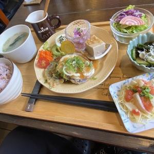 Lu菜cafe(ルナカフェ)の月替わり Lu 菜ランチ&桑名もち小麦パンケーキランチ&ウインナーコーヒー(ICE)&自家製ラズベリークリームソーダー