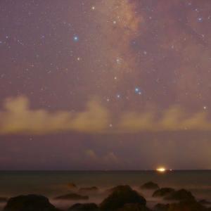 雲いっぱいの夜空@ロングビーチ