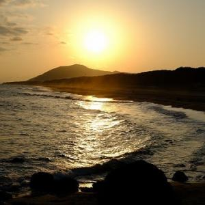 浜と山の風景@田原
