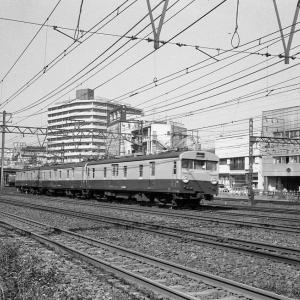 昔よく見かけた荷物郵便車(東海道本線クモユニ74?)