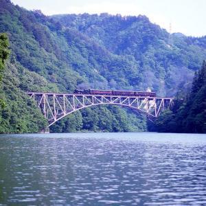 有名な鉄橋(只見線C11)