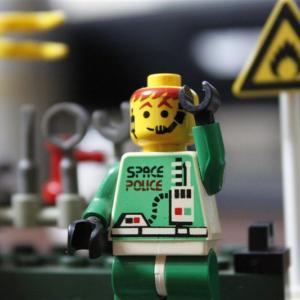 LEGOを使ってチームガレージをご紹介