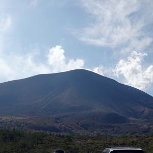浅間山をみながら はちる!@六里ヶ原のドッグラン