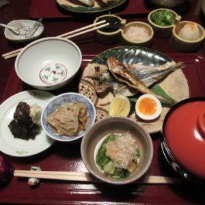 朝食後、京都国立博物館にお邪魔。
