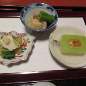 夕食、2020年8月、松籟の間、俵屋旅館にお邪魔。