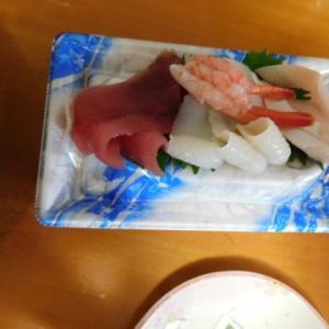 2021年6月20日、緊急事態宣言の終結を出前寿司で祝う。