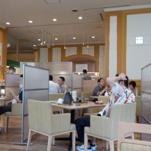 センチュリーロイヤルホテルのユーヨーテラスで朝食。