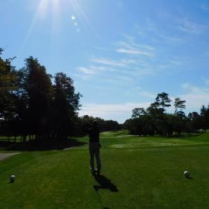 2021年9月、シャムロックカントリークラブでゴルフ。