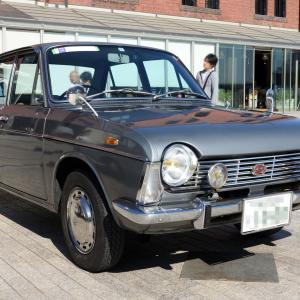 Subaru 1000 1966- FWDセダンのスバル 1000 -02