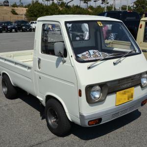 Suzuki Carry 1972- 三角窓を廃止した5代目のスズキ キャリイ