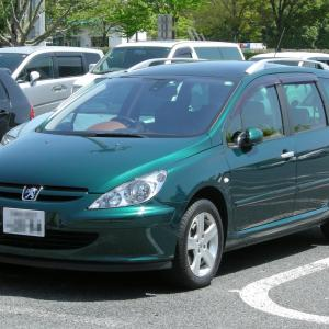 Peugeot 307 SW 2002- パノラミック ガラスルーフを採用したプジョー 307 SW