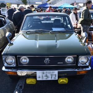 Toyota Carina 1970- 「エポーレットタイプ」のテールランプが印象的な初代のトヨタ カリーナ