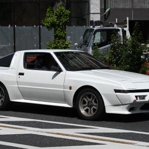 Mitsubishi Starion 1982- リトラクタブル ヘッドライトを採用した三菱 スタリオン