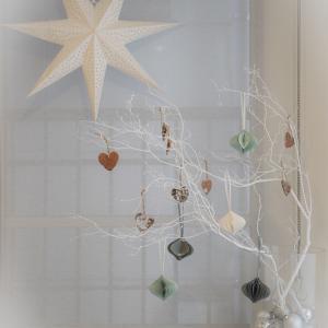 おうちギャラリーにクリスマスの飾りつけを