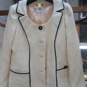 ジャケット 食べこぼし黄変しみ クリーニング・しみ抜き ウール・アクリル素材