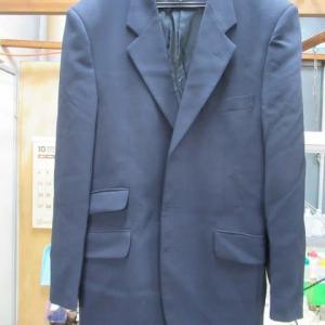 スーツ 変色 クリーニング・色掛け ポリエステル・ウール・ポリエステル素材