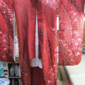 辻ヶ花振袖袷 高額品の為に他店からの依頼 丸洗い 正絹素材