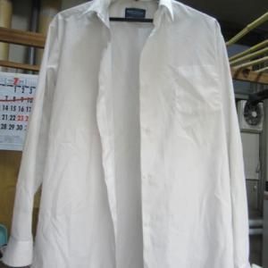 ワイシャツ アクリル絵具 しみ抜き・クリーニング 綿・ポリエステル素材