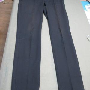 黒パンツ 退色による染め替え 綿・ポリエステル・ポリウレタン素材
