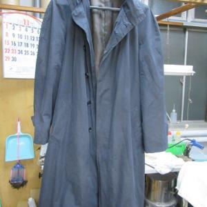 五大陸コート(オンワード樫山製)全体色褪せ 黒染め 綿・ポリエステル他素材