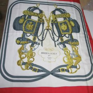 シルクスカーフ(エルメス製)汗による黄変しみ 水洗い・しみ抜き シルク製