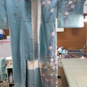 辻が花訪問着袷 乳じみ 丸洗い・しみ抜き 正絹素材