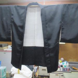 黒絵羽織袷 全体カビしみ 丸洗い 正絹素材