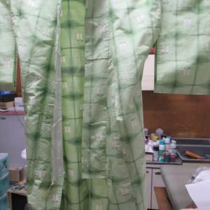紬単衣 食べこぼしによる油しみ しみ抜き 正絹素材