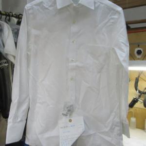 百貨店商品Yシャツ(ブルックブラザーズ製)黄色いしみ しみ抜き 綿・ポリウレタン素材
