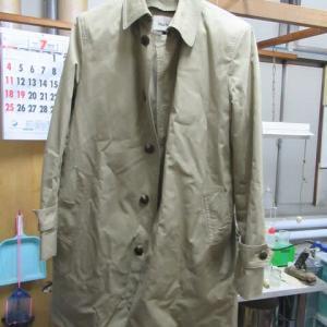 ステンカラーコート(ポールスチュアート製)衿汚れ クリーニング 綿素材