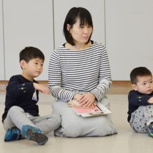 東京新聞の中村記者