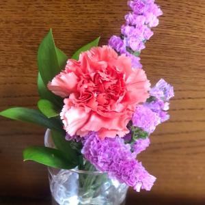 お花のある生活。お花の定期便ブルーミー