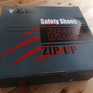 バイク用として購入した安全靴、思ったより良い出来でびっくり