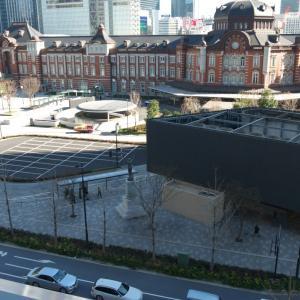 1月の東京駅:丸の内ビル5階テラスより眺める東京駅・丸の内駅前広場 PART2