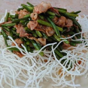 バリバリ春雨とニンニクの芽炒めレシピ