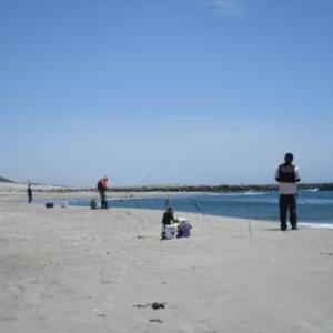 波は高いし・風は強いし・これで?