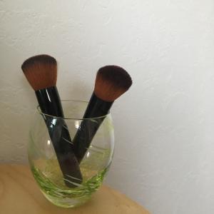 《ミニマリストに憧れて》化粧ブラシのお手入れをしました♪