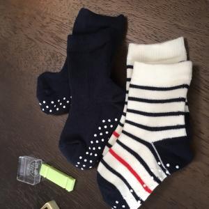 《ミニマリストに憧れて》UNIQLOの靴下がサイコーでしたʕ•ᴥ•ʔ