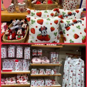 苺づくしの♡Disney Store 。◕‿◕。