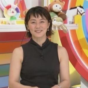 【女子アナのノースリーブ⑪】新井麻希アナのムチムチ二の腕クビレニット【5時に夢中・代打】