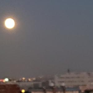 今夜のヒーリング&月の写真☆