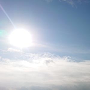 今朝の太陽と昨日の名月とUFO☆