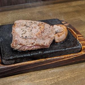沖縄のやっぱりステーキでサーロインステーキ200gを食べてみた