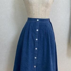 市販のスカートをコピーしました。